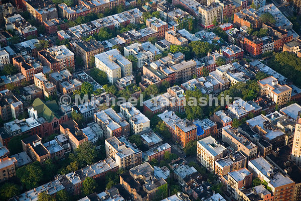 In addition to charming cobblestone streets and historic townhouses, Greenwich Village is also one of the greener areas of Ne...