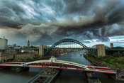 Drama above the Tyne