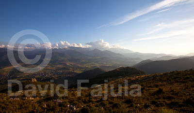 Bellver de Cerdanya at dusk, with the Cadí Mountain Range in the background.