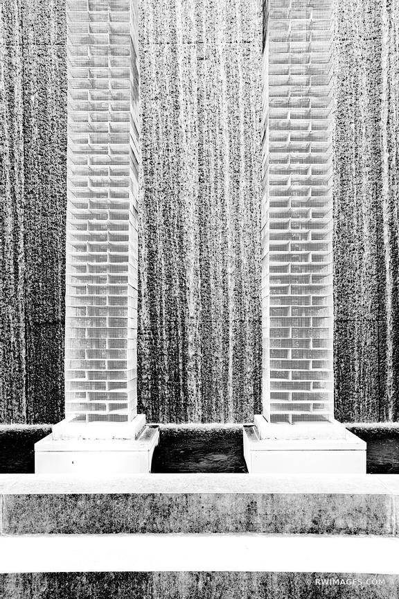 FOUNTAIN URBAN ART DOWNTOWN ATLANTA GEORGIA BLACK AND WHITE