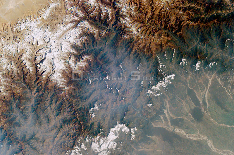 NEPAL Indo-Tibetan (China) Nepali border area -- 27 Sep 2006 -- The scene of the Nepali helicopter tragedy is visible (lower ...