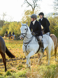 Caroline Stewart near Denton. The Belvoir Hunt at the Kennels 13/11
