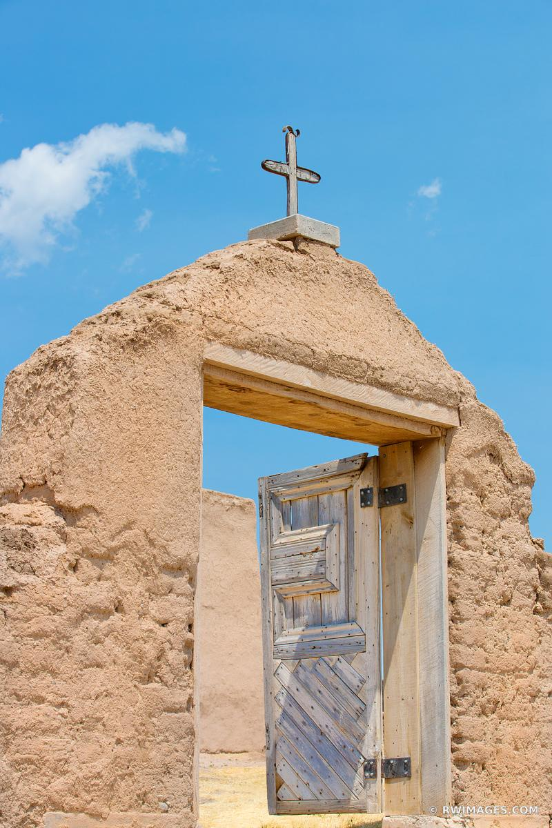 ADOBE ARCHITECTURE SAN JOSE DE GRACIA CHURCH LAS TRAMPAS HIGH ROAD TO TAOS NEW MEXICO COLOR VERTICAL