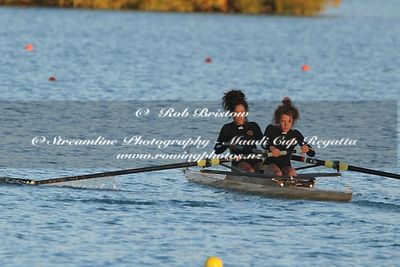 Taken during the Maadi Cup 2012, Lake Ruataniwha, Twizel, New Zealand; ©  Rob Bristow; Frame 1386 - Taken on: Wednesday - 28/...