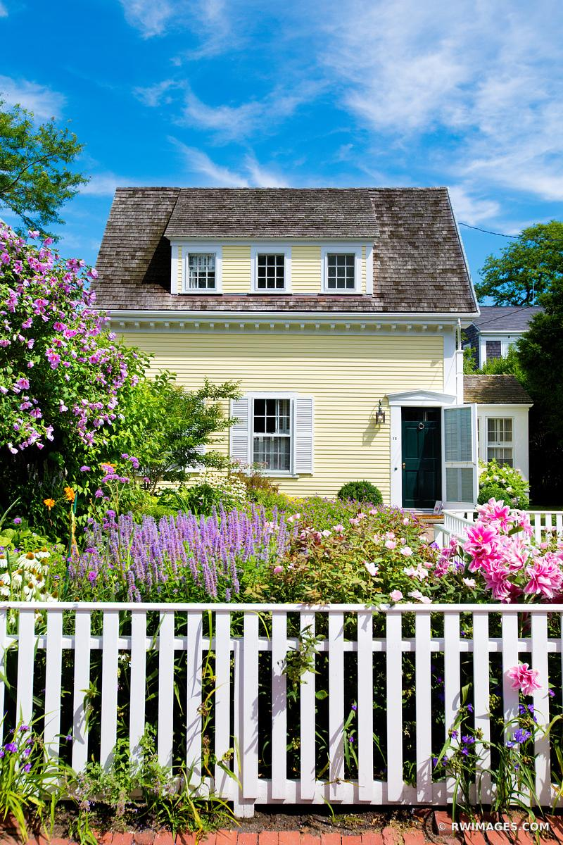 NANTUCKET ISLAND ARCHITECTURE COLOR
