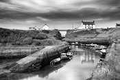 Seaton Sluice (B+W)