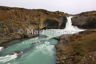 Aldeyjarfoss waterfall on the Skjalfandafljot river, Icelandic Interior