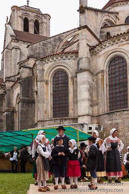 Vezelay, Solstice Feast