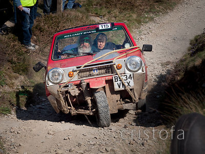 a Reliant Rialto special starts the steep and rough climb up the Blue Hills section of the MCC Land's End Trials