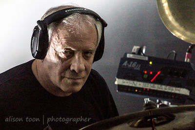 Ian Mosley, drums, Marillion, Wolves, 2015