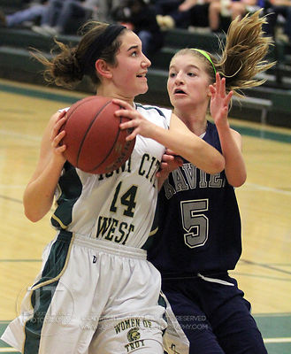 The Iowa City West sophomore girls basketball team defeated the visiting Cedar Rapids Xavier team 48-40 Thursday, January 26t...