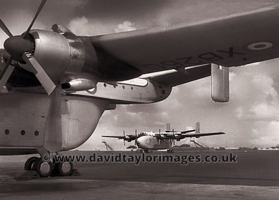 Heavy lifters | Beverleys XB260 and XM104 | RAF Seletar November 1961