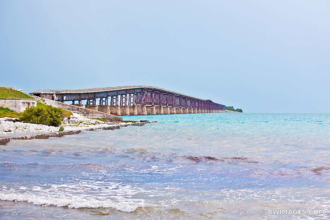 FLORIDA KEYS BRIDGE COLOR SOUTHERN FLORIDA OCEAN LANDSCAPE
