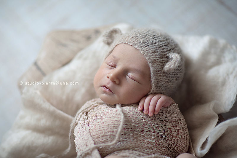 studio-pierre2lune-photo-bebe-nourrisson-photographie-baby-posing-tours-04