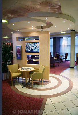 Ramada London North Hotel