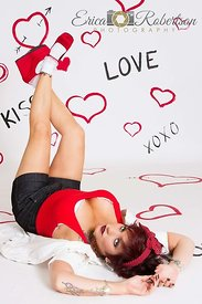 Pin-Up-Girl-Feet-in-air