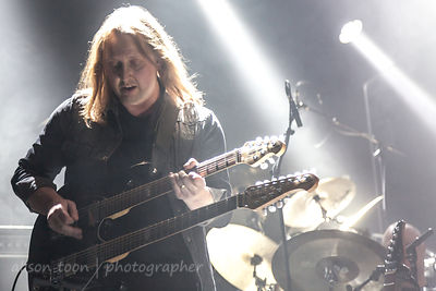 Dave Foster, guitar, Steve Rothery Band, PZ, 2015