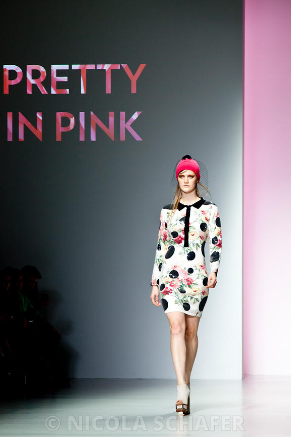 LFW_pretty_in_pink_3