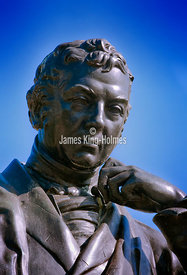 Statue of Sir Edward Jenner