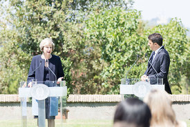 Matteo Renzi with Theresa May