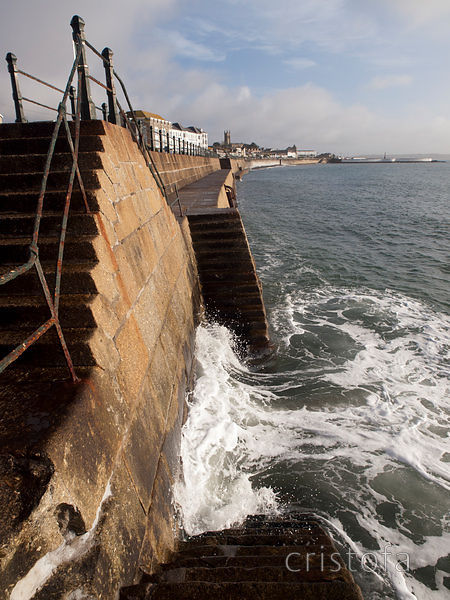 wave steps interaction on the Penzance seafront