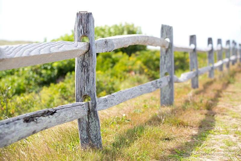 WEATHERED WOODEN FENCE MARTHA'S VINEYARD