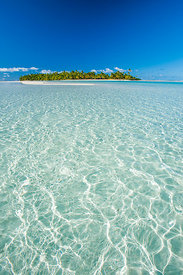 Looking towards One Foot Island across Heavenly Beach, Aitutaki.