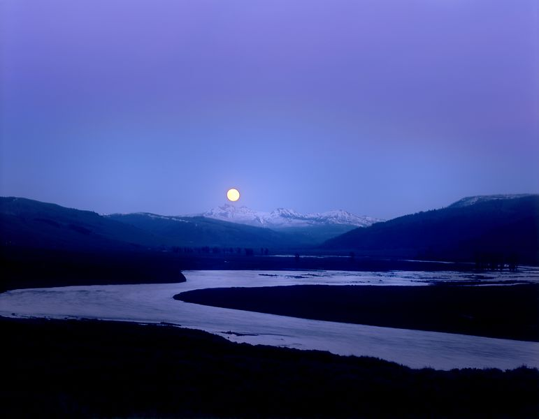 047-WL13024_Moonrise_Over_Lamar_Valley_B_Preview