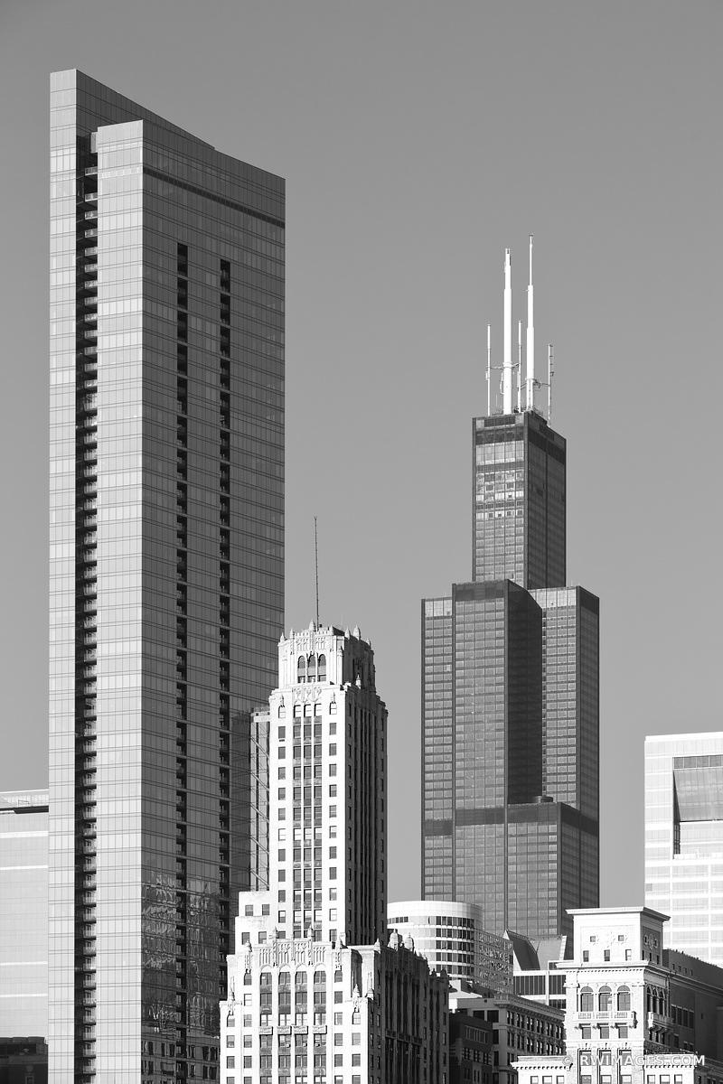 CHICAGO DOWNTOWN ARCHITECTURE WILLIS TOWER SEARS TOWER BLACK AND WHITE VERTICAL