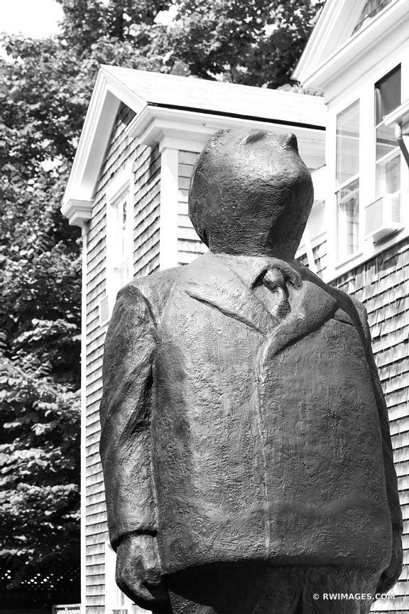 NANTUCKET TOWN STREET ART BLACK AND WHITE