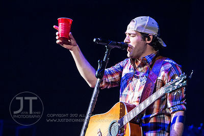 Hoopla - Josh Thompson, US Cellular Center Cedar Rapids, March 28, 2014