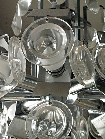glass_circled_metal_chandelier_detail2