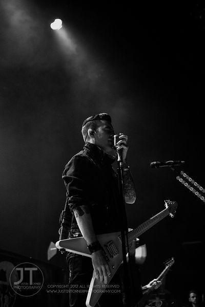 Hoopla - Theory Of A Deadman, Paramount Theatre, Feb 8, 2015