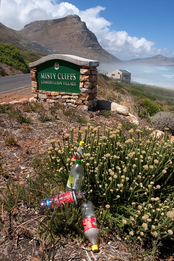 "Garbage near the ""conservation village"" of Misty Cliffs, a source of human violence against chacma baboons (Papio ursinus) on..."