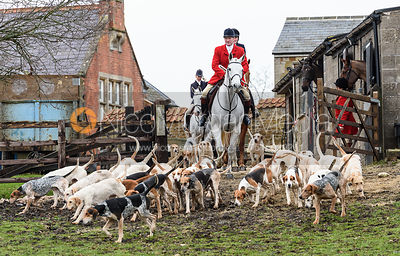 The Cottesmore Hunt at The Priory 29/1