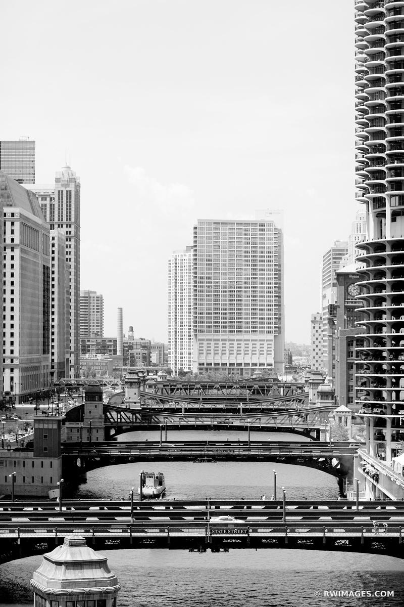 CHICAGO RIVER BRIDGES BLACK AND WHITE VERTICAL