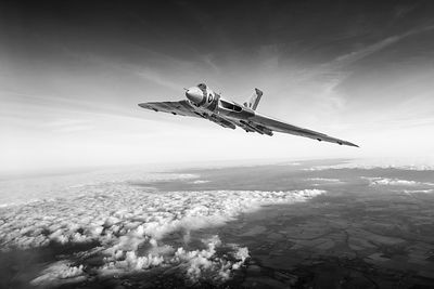Vulcan in flight black and white version