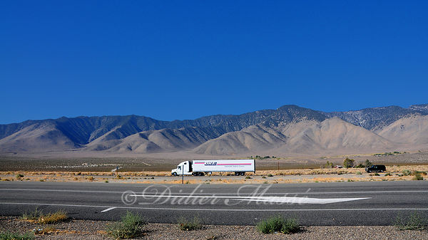 Route en Californie vers Death Valley Californie 10/12