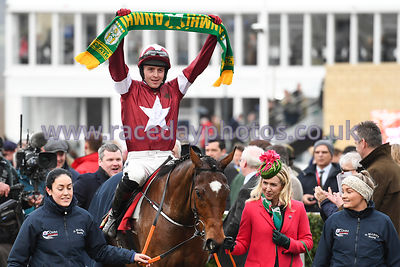 Tiger_Roll_winners_enclosure_13032019-1