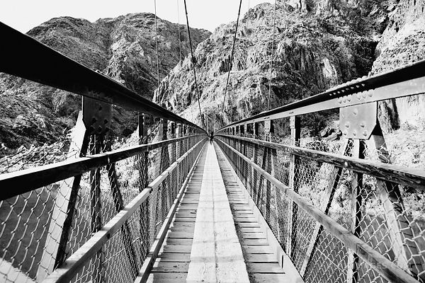 KAIBAB SUSPENSION BRIDGE OVER COLORADO RIVER GRAND CANYON ARIZONA BLACK AND WHITE