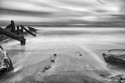 Lart fine art canvas | Drift out to sea (B&W)