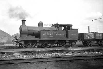 PHOTOS of H CLASS 0-4-4T SR STEAM LOCOS
