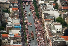 Amsterdam - Luchtfoto Canal Parade 28