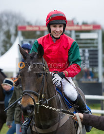 Tom Chatfeild-Roberts (SHE'S REAL) - Race 6 - TBA Club Members Race for Mares and Fillies