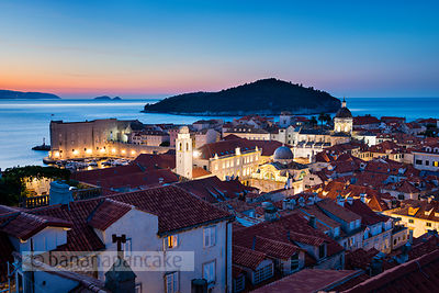 Old Town at night, Dubrovnik - BP4703