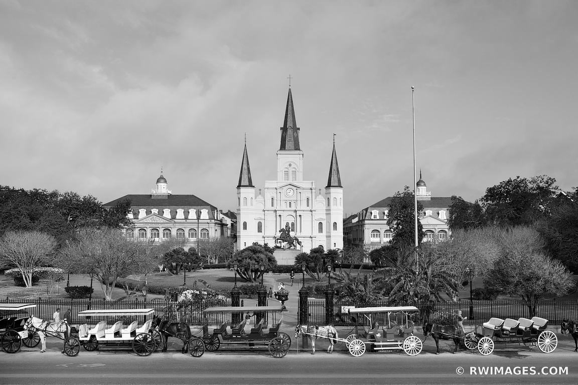 SAINT LOUIS CATHEDRAL JACKSON SQUARE FRENCH QUARTER NEW ORLEANS LOUISIANA BLACK AND WHITE