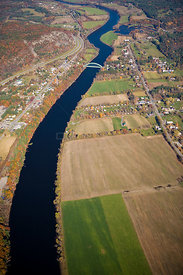 Aerial view of the Connecticut River as it flows between Thetford, Vermont and Orford, New Hampshire, USA, October 2007