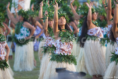 Heiva Tahiti dance group