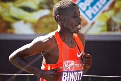 Stanley Biwott (2nd) of Kenya came second in the 2014 London Marathon