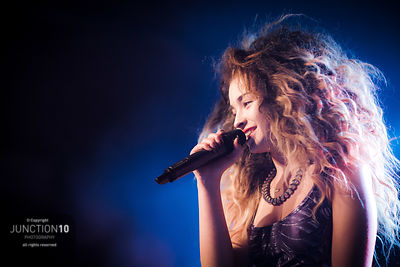 Ella Eyre, Institute